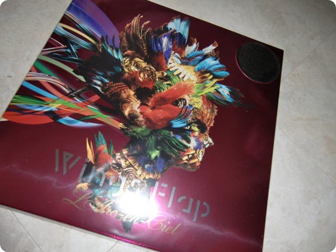 L'arc~en~ciel Wings Flap CD, Blu-ray & Photo book!