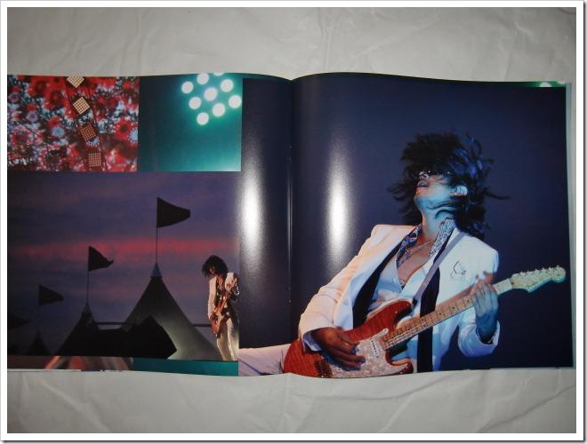 L'arc~en~ciel Wings Flap CD plus Bluray plus Book edition (14)