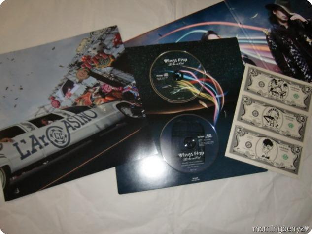 L'arc~en~ciel Wings Flap CD plus Bluray plus Book edition (3)