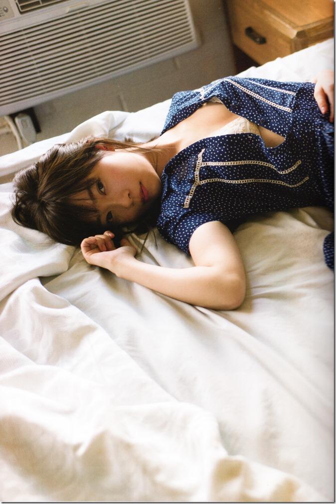 指原莉乃写真集スキャンダル中毒 (25)