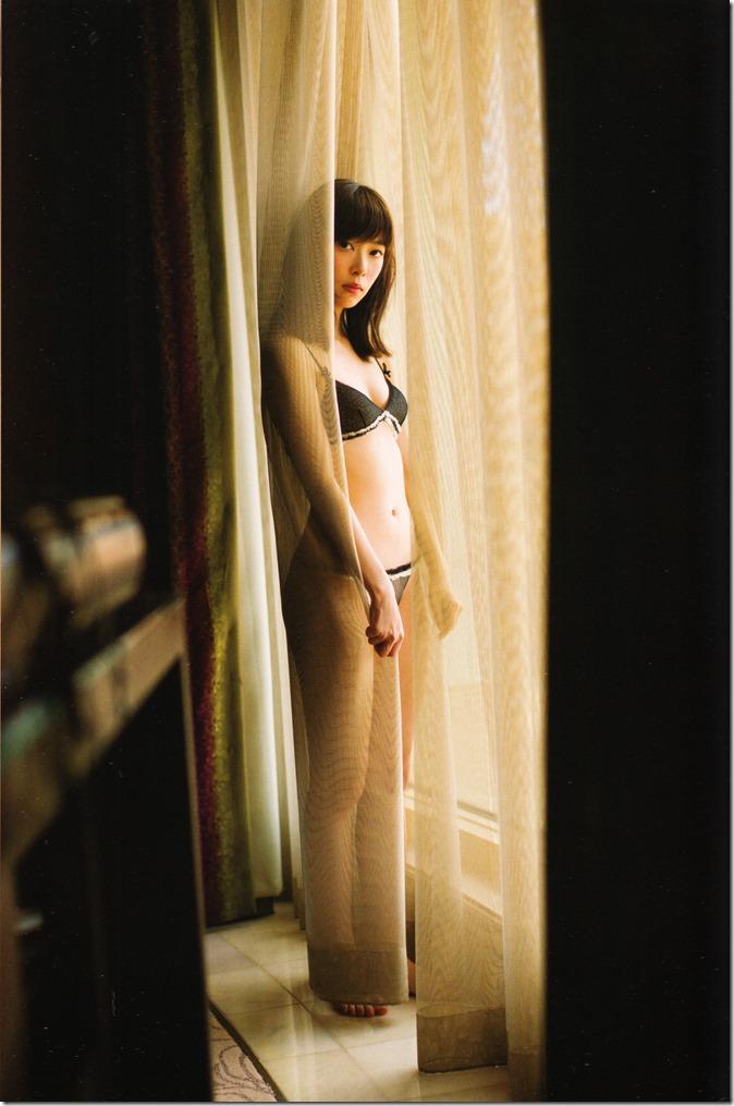 指原莉乃写真集スキャンダル中毒 (43)