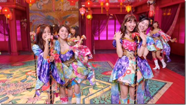 AKB48 in Kimi wa melody.. (37)