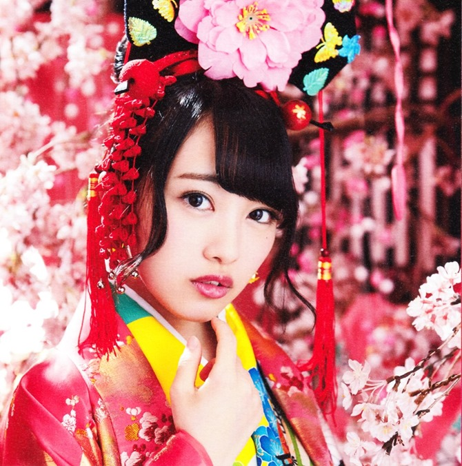 AKB48 Kimi wa melody jacket booklet scans (13)