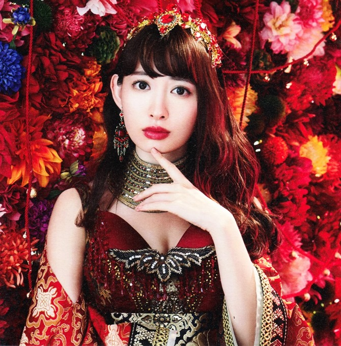 AKB48 Kimi wa melody jacket booklet scans (34)
