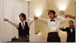 ARASHI in Ai wo sakebe making.. (2)