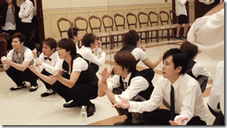 ARASHI in Ai wo sakebe making.. (8)