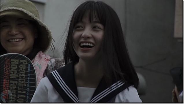 Hashimoto Kanna in Sailor fuku to kikanjuu.. (14)