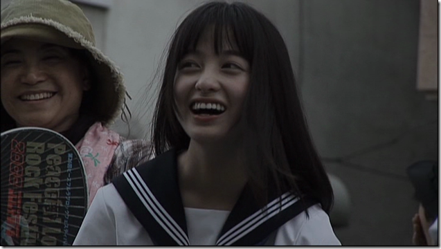 Hashimoto Kanna in Sailor fuku to kikanjuu.. (14)