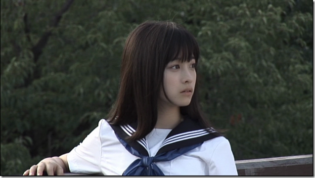 Hashimoto Kanna in Sailor fuku to kikanjuu.. (16)