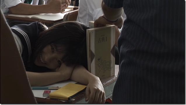Hashimoto Kanna in Sailor fuku to kikanjuu.. (7)