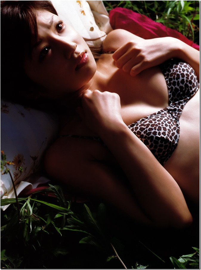 Ogura Yuko Encyclopedia of Yuko Ogura shashinshuu (102)