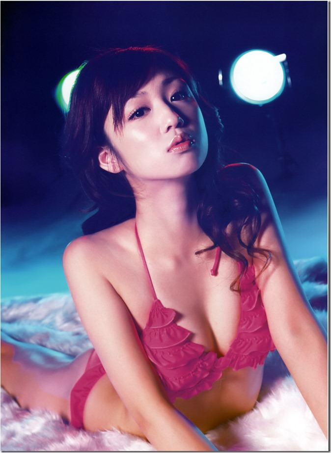 Ogura Yuko Encyclopedia of Yuko Ogura shashinshuu (52)
