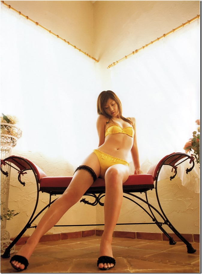 Ogura Yuko Encyclopedia of Yuko Ogura shashinshuu (85)