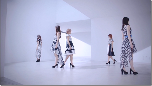 C-ute in Summer Wind (11)