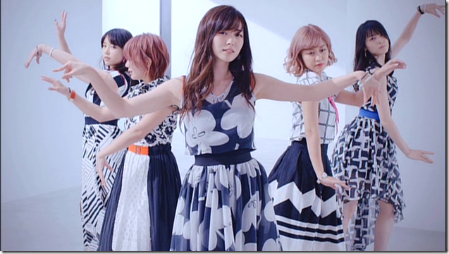 C-ute in Summer Wind (58)