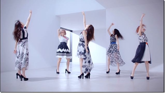 C-ute in Summer Wind (65)