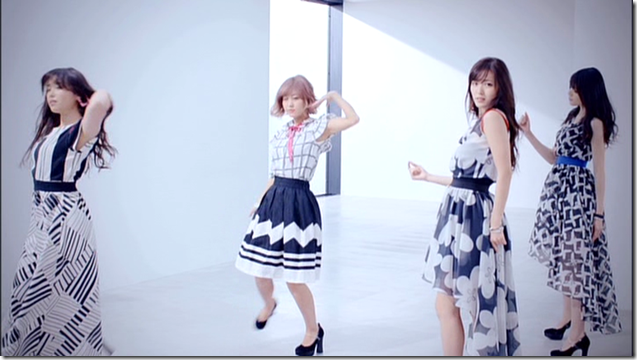 C-ute in Summer Wind (66)
