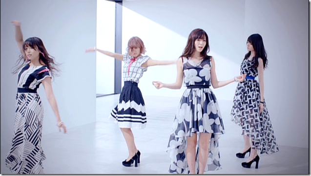 C-ute in Summer Wind (67)