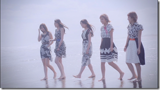 C-ute in Summer Wind (89)
