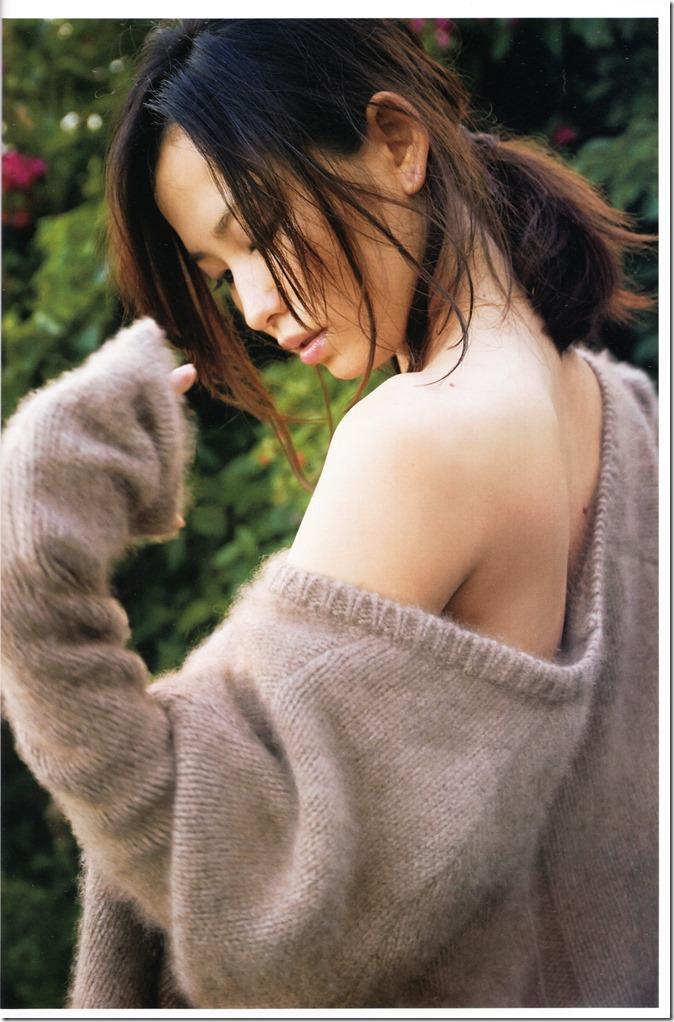Ichikawa Yui YUI shashinshuu (21)