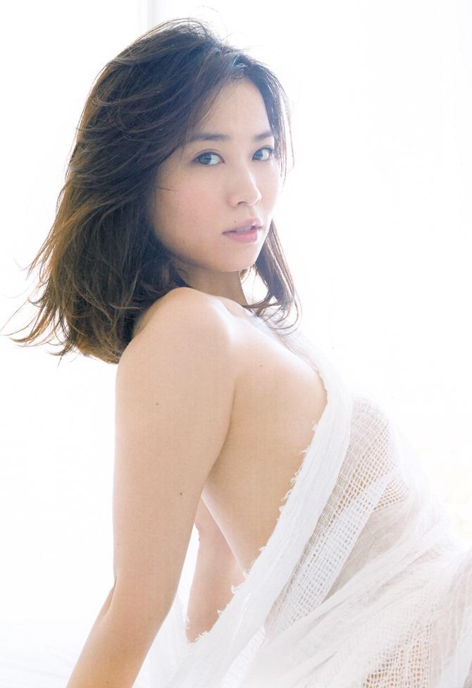 Ichikawa Yui YUI shashinshuu (30)