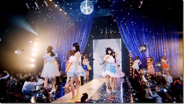 AKB48 Team A in Set Me Free (37)