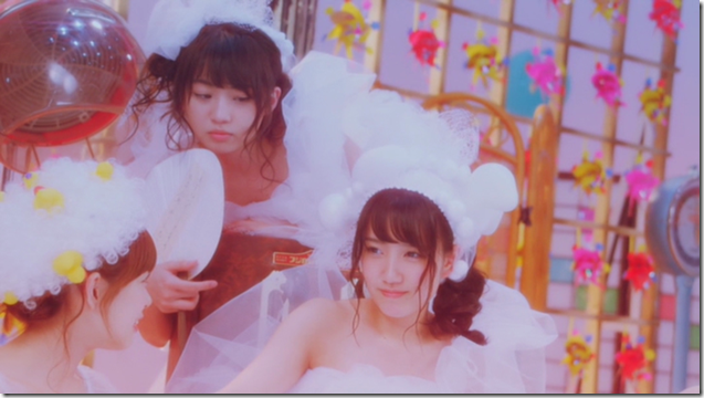 AKB48 Team B in Koi wo suru to baka wo miru (30)