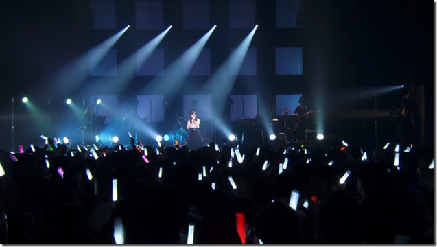 Maeda Atsuko in first live Seventh Chord at Zepp Tokyo (live) (25)