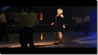 Maeda Atsuko in Selfish MV (19)