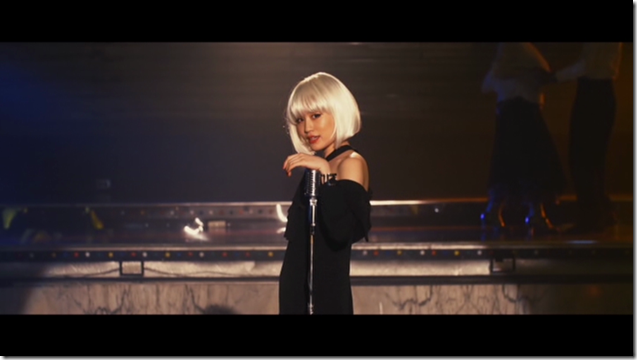 Maeda Atsuko in Selfish MV (20)