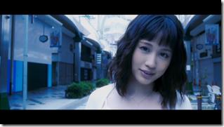 Maeda Atsuko in Selfish MV (21)