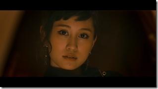 Maeda Atsuko in Selfish MV (9)