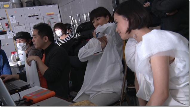 Ohara Sakurako in Tremolo Rain making of (13)