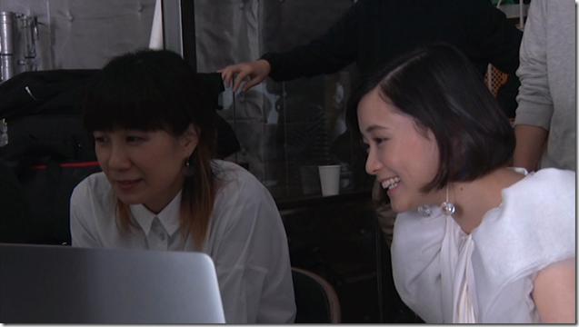 Ohara Sakurako in Tremolo Rain making of (17)