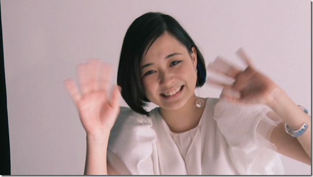 Ohara Sakurako in Tremolo Rain making of (25)