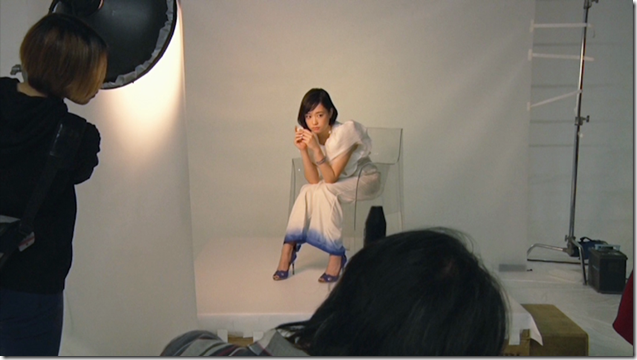 Ohara Sakurako in Tremolo Rain making of (3)