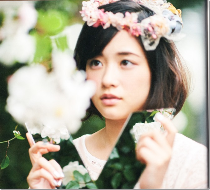 Ohara Sakurako V Limited Edition 64p booklet (13)