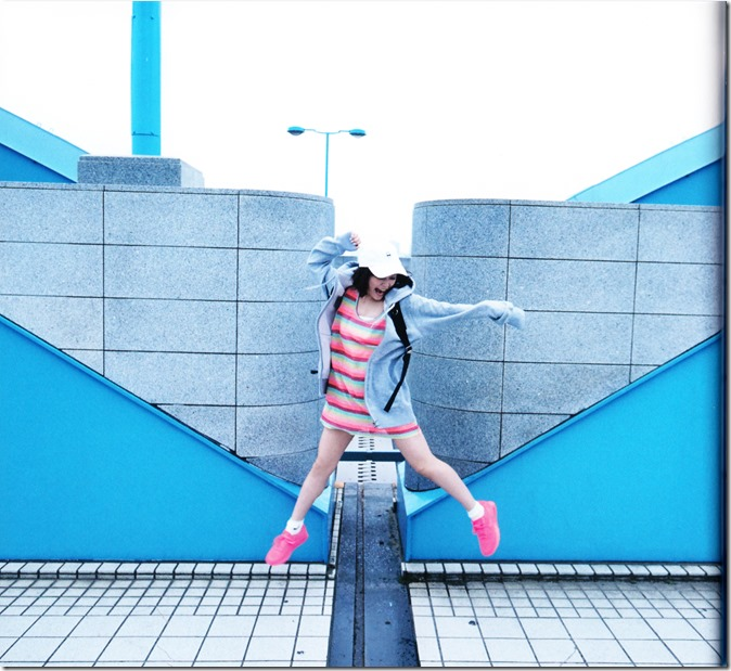 Ohara Sakurako V Limited Edition 64p booklet (21)