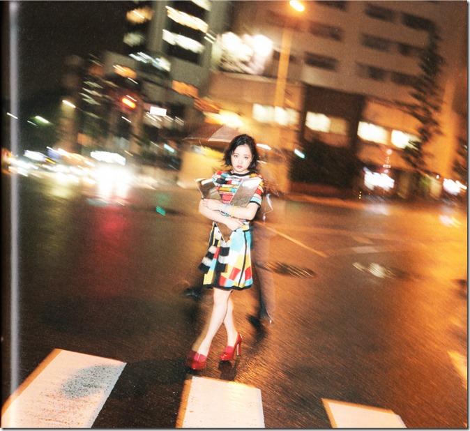 Ohara Sakurako V Limited Edition 64p booklet (31)