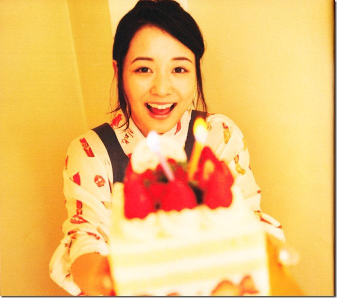 Ohara Sakurako V Limited Edition 64p booklet (6)
