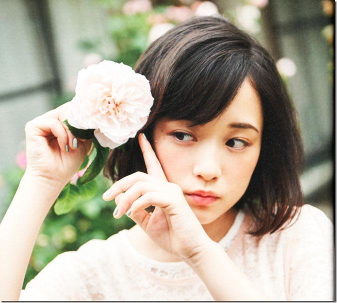 Ohara Sakurako V Limited Edition 64p booklet (9)