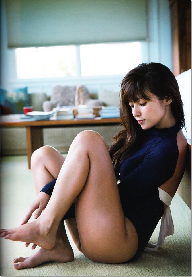 Fukada Kyoko AKUA shashinshuu (30)