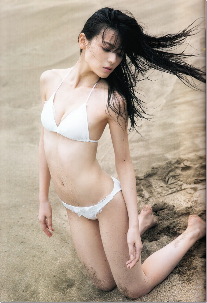 矢島舞美写真集ひとりの季節 (18)