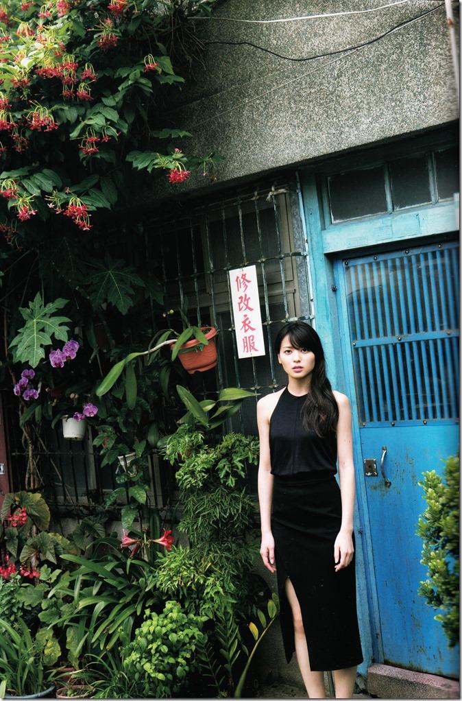 矢島舞美写真集ひとりの季節 (36)