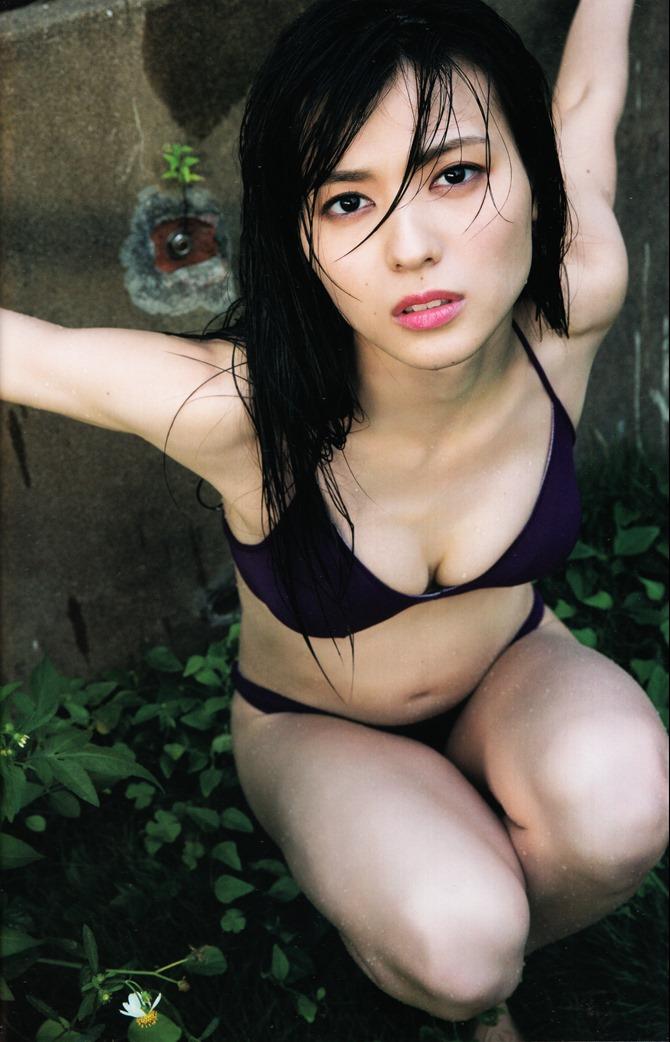 矢島舞美写真集ひとりの季節 (55)
