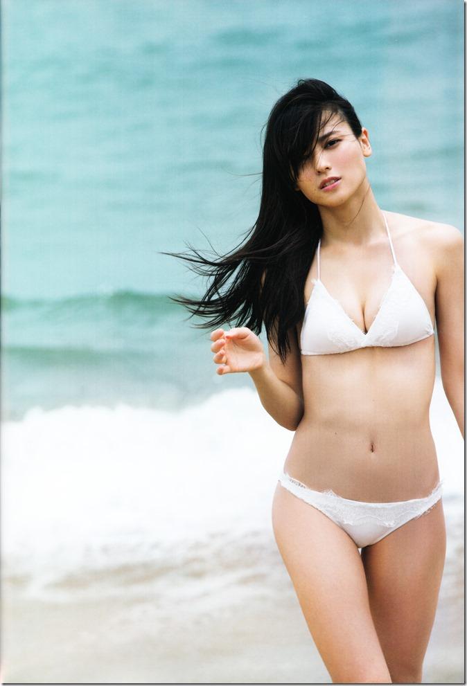 矢島舞美写真集ひとりの季節 (5)