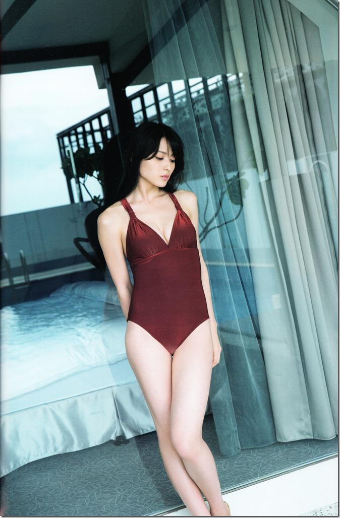 矢島舞美写真集ひとりの季節 (69)
