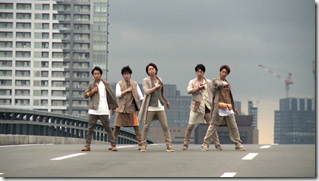 ARASHI in Power of the Paradise making.. (29)