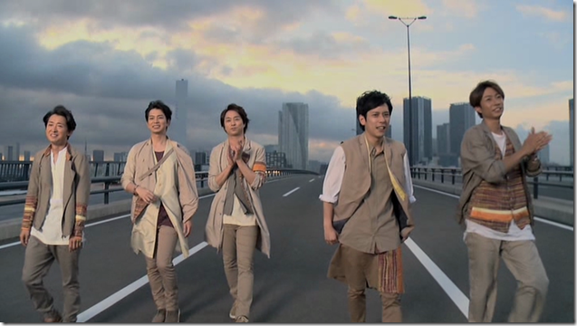 ARASHI in Power of the Paradise making.. (60)