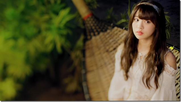 Shida Summer x Arai Summer in Annani sukidatta summer mv (16)
